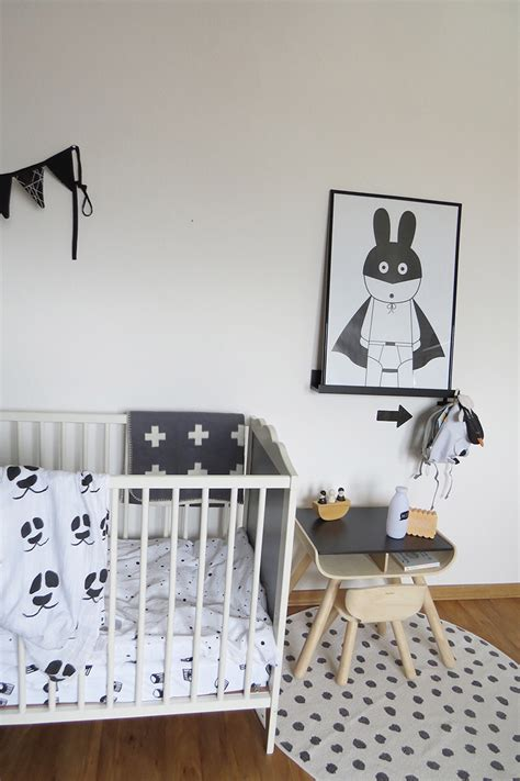 Kinderzimmer Junge Schwarz Weiss by Kinderzimmer In Grau Und Wei 223 Mummyandmini