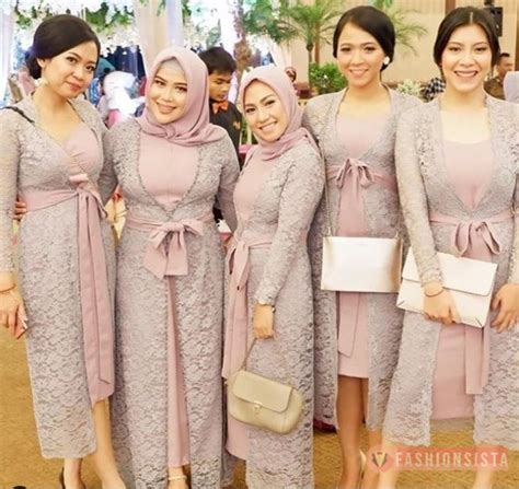 dress kebaya brokat  aksen selendang pita