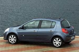 Renault Clio 2005 Pictures  10 Of 12