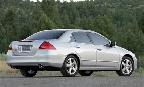 Honda Accord 24 2006  Auto Images And Specification