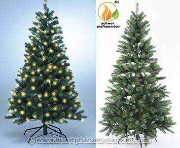 weihnachtsbaum mit beleuchtung k 252 nstlicher tannenbaum mit spritzguss nadeln auf 766 tips