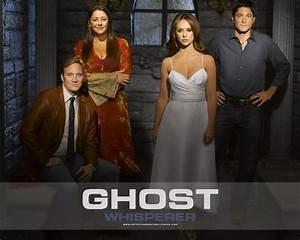 Ghost Whisperer - Jennifer Love Hewitt (title character ...