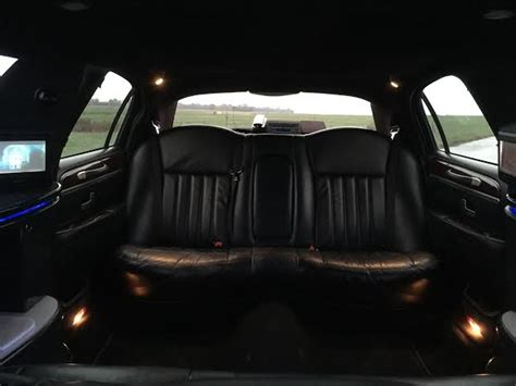 Small Limousine by Meet Our Fleet Epic Limo