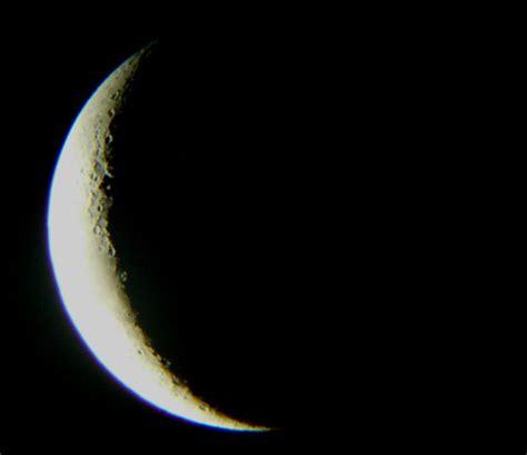 croissant de lune  croissant de la planete venus