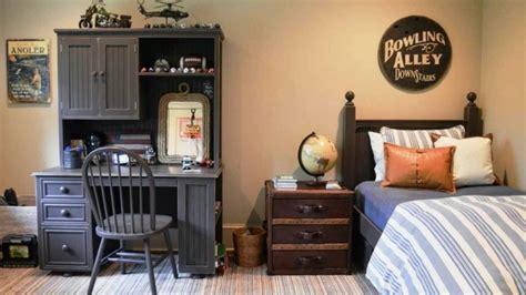 chambre petit gar輟n 2 ans chambre garçon 10 ans idées comment la décorer
