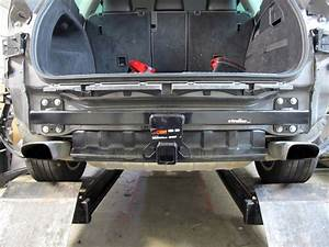 2016 Volkswagen Tiguan Curt Trailer Hitch Receiver