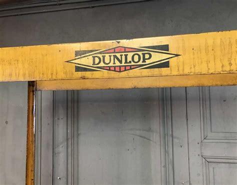 ancienne etagere  pneu dunlop