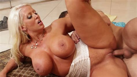 Yummy Blond MILF With Fake Boobs Alura Jenson Had Hard Sex