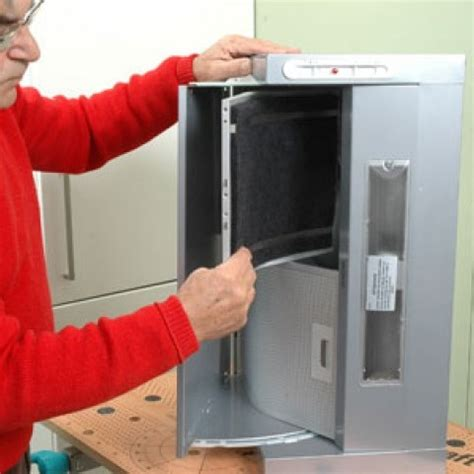 filtre hotte de cuisine hotte de cuisine escamotable au dessus d 39 un plan de travail