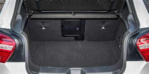 mercedes benz  class boot space capacity liters