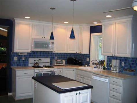 Off White Cabinets With Brown Glaze by Pictures Of Off White Kitchen Cabinets Off White Kitchen