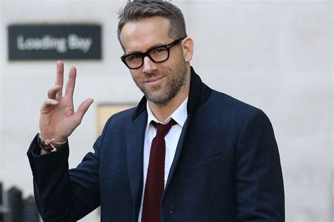 Read more about reynolds's life and career. Style Guide: How to Dress Like Ryan Reynolds | Man of Many