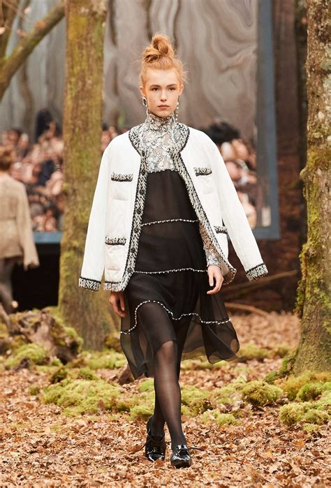 Chanel Fall Winter 2018 Womens Collection The Skinny Beep