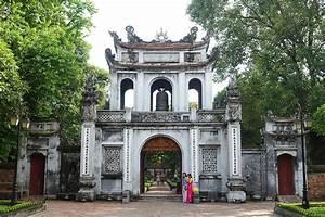 File Main Gate - Temple Of Literature  Hanoi
