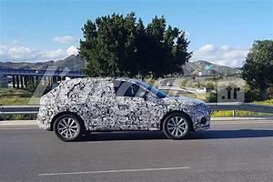 Futur Audi Q3 : futur audi q3 2018 les images du nouveau q3 camoufl photo 5 l 39 argus ~ Medecine-chirurgie-esthetiques.com Avis de Voitures