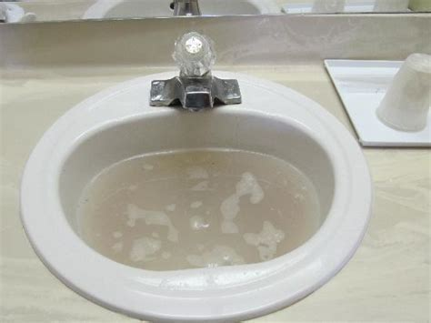How to clear blocked drains, sink or toilet   Aus Test