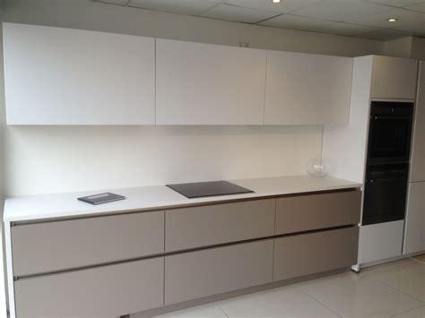 Black Cabinet Kitchen Ideas - kitchen trends matte lacquer handleless c c kitchens