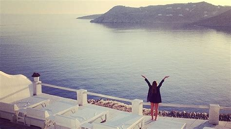13 Signs That You Are Ready To Travel The World On Your Own