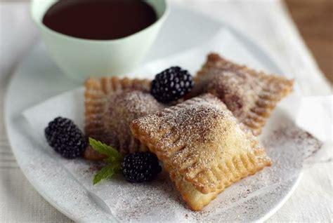 blackberry dessert recipe driscoll s hot and crispy blackberry ravioli with chocolate fondue recipe www driscolls com