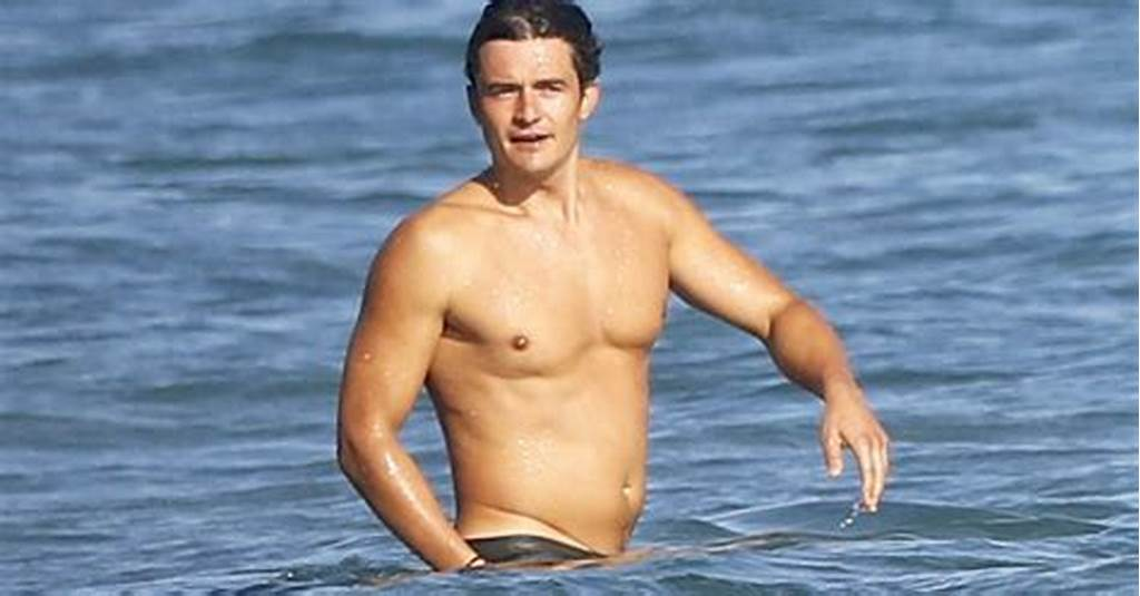 #Orlando #Bloom #Pictured #Completely #Naked #While #Paddle
