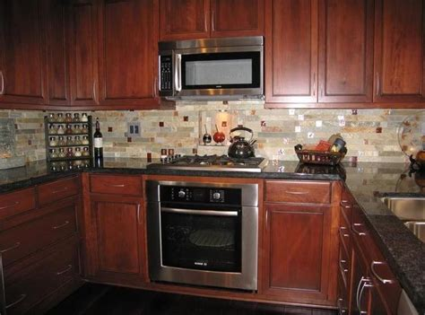 kitchen backsplash ideas with cherry cabinets backsplash with cherry cabinets kitchen tile backsplash 9057