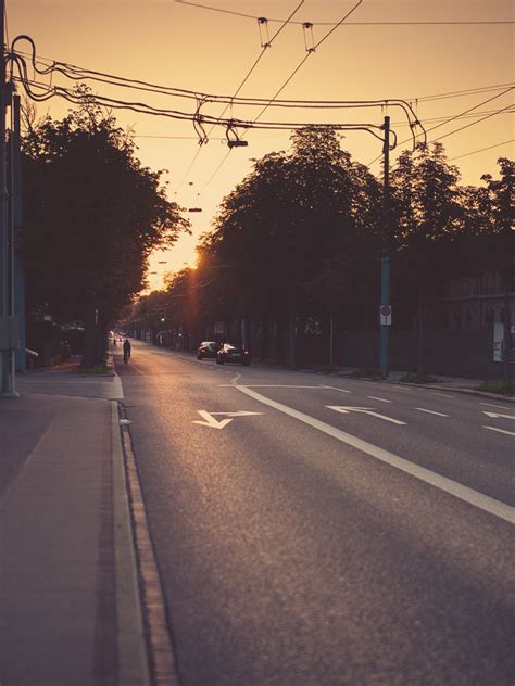 urban street sunset light android wallpaper