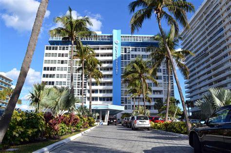 Parking & Valet Services at The Ocean Manor Beach Resort