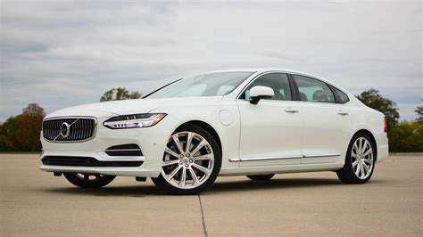 Volvo S90 Photo by 2018 Volvo S90 T8 Review Efficiency Done With Style