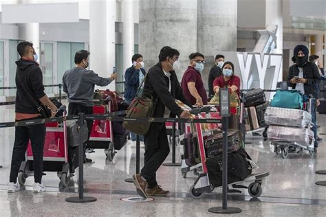 Leaders urge Ottawa to beef up restrictions for travellers ...