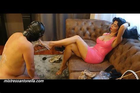 Goddess Antonella Clip Store Amazing Foot Fetish And