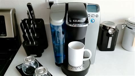 If it does not make coffee, see if the water is draining properly from the brew basket, or if it is leaking over the sides of the brew basket. How to Fix a Coffee Maker that Won't Brew - EatDrinkRabbit