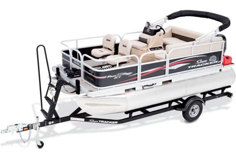 Tracker Pontoon Boats by Sun Tracker Boats Fishing Pontoons 2017 Bass Buggy 16