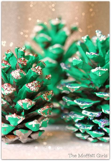 pinecone christmas tree craft easy pine cone christmas tree craft you just need pine cones green paint white paint and