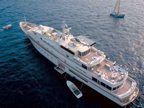 donald trump yacht inside former peek trumps yachts superyacht connery sean 5kr kingdom meet presidential boatshowavenue north