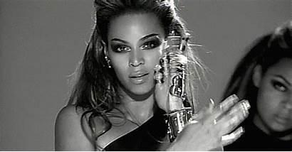 Beyonce Gifs Fierce Sasha Hits Smiling Streams