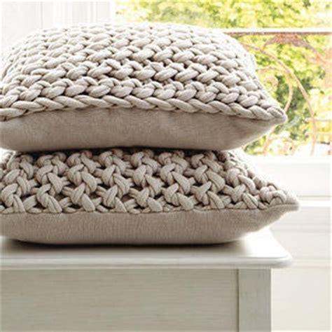 chunky knit pillow 12 ideas para hacer con trapillo o crochet el bigote 2202