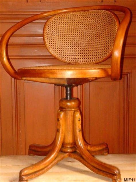 chaises bureau fauteuil en bois courbé thonet vers 1930