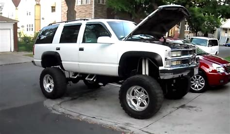hook em lifted tahoe sounds  chevytv