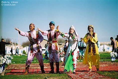 uzbek dances arts  uzbekistan