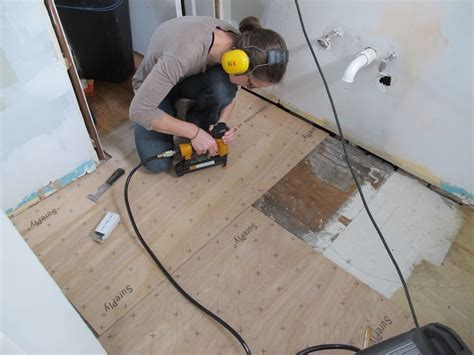 Underlayment For Vinyl Plank Flooring In Bathroom by Diy Network Floors And Some Other Things Merrypad