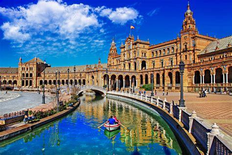 Sevilla - Andalusiens Hauptstadt verzaubert   Urlaubsguru