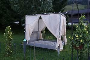 Himmelbett Für Garten : ein bett im garten salzburgerland magazin ~ Michelbontemps.com Haus und Dekorationen