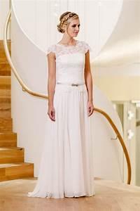 Küss Die Braut Kleider Preise : k ss die braut kollektion 2017 hochzeitskleid braut und brautkleid ~ Watch28wear.com Haus und Dekorationen