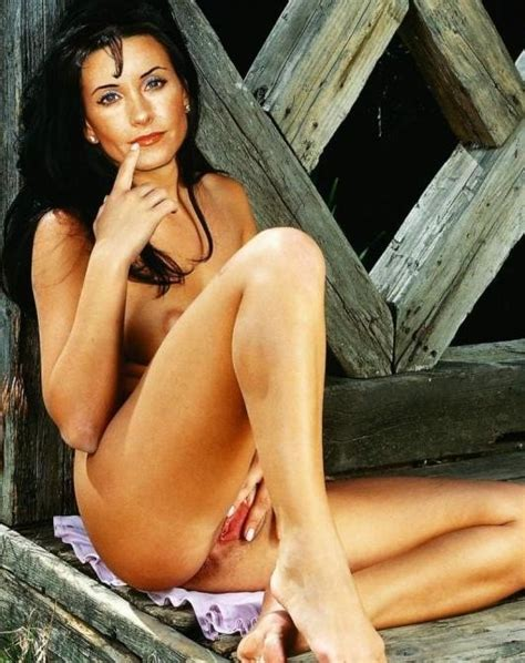 Best Photos Of Nude And Naughty Courtney Cox Pichunter