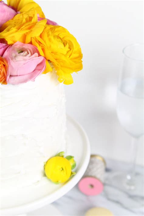 diy fresh flower cake topper sugar cloth diy