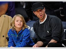 Chris Martin and his son Moses enjoy day out at the