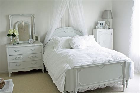 + French Bedroom Furniture Ideas, Designs, Plans