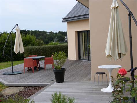 image cuisine moderne la terrasse photo 5 7 une marche de 15 cm entre la