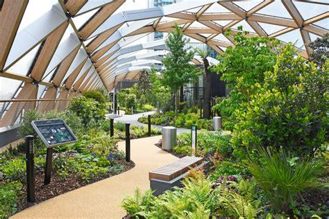 Hangterrasse Anlegen by Crossrail Place Roof Garden Projects Gillespies