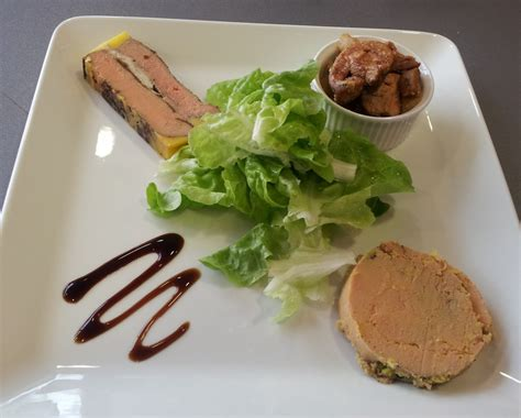 decoration assiette de foie gras photo